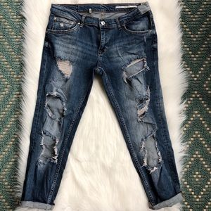Zara Women Distressed Relaxed Fit Ankle Jeans